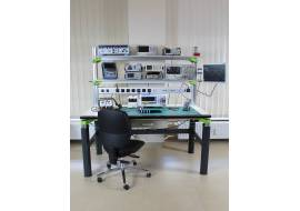 NDN Laboratory workbench with electric height adjustment