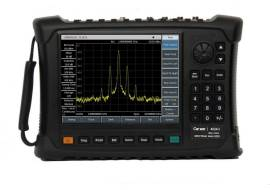 4024A/B/C/D/E/F/G Spectrum Analyzer - Ceyear